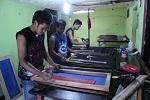 Proses sablon Pabrik kaos murah
